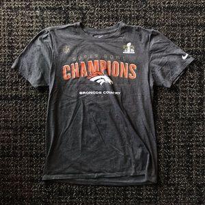 Nike Denver Broncos Superbowl Champions Shirt M